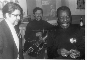 Jack Dupree with musicians at Builders Club (2)