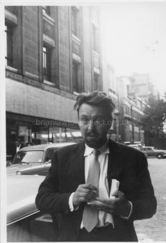194 Donald Sinden