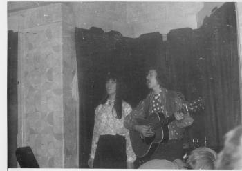 29 Tim Hart & Maddy Prior