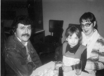 80 Tony Capstick with his first wife Carol and his daughter Vicky
