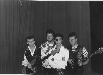 30 Johnny Kidd and the Pirates