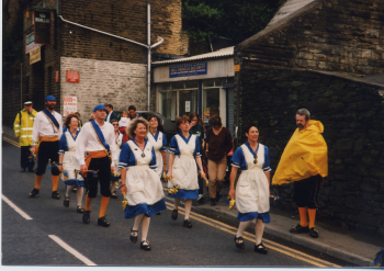 48 Wakefield Ladies Dance Side (At Holmfirth)