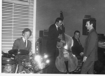 Jazz group in club (3)